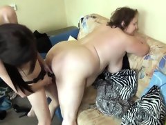Milf strapon fucks large mature woman