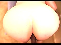 Amy\'s ass 2 mouth