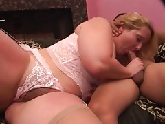 Bbw sucks and fucks