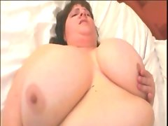 Busty big butt mature ssbbw on the..